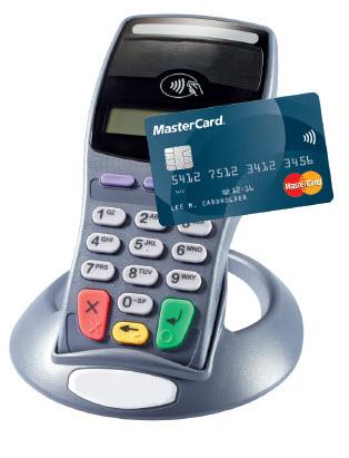 68b58863 Hun uddyber: - Kontaktløs kortbetaling er oplagt for fx supermarkeder, der  har mange småbetalinger. Det er nemmere og hurtigere for både kunder og ...